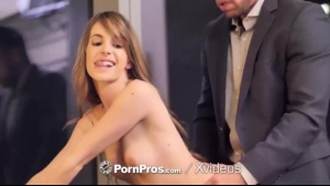 Kimmy Granger got her pussy thoroughly licked, and then her lips were supposed to be used for sex
